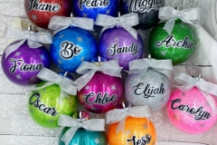 baubles-group